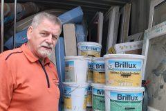 Walter Hidding bei der Verladung von Farben auf den Container in Lünen 09/2019