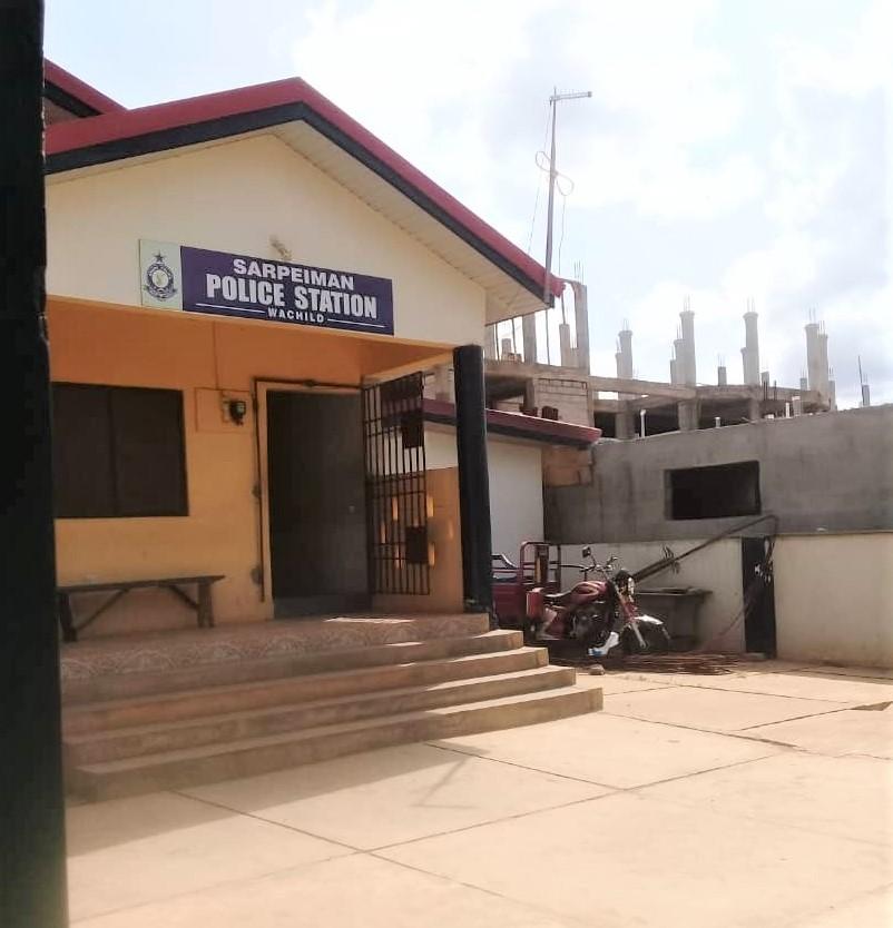 April 2018: Polizei-Station neben unserem Gelände