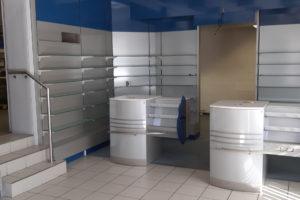 September 2019: Apothekeneinrichtung für unser Krankenhaus