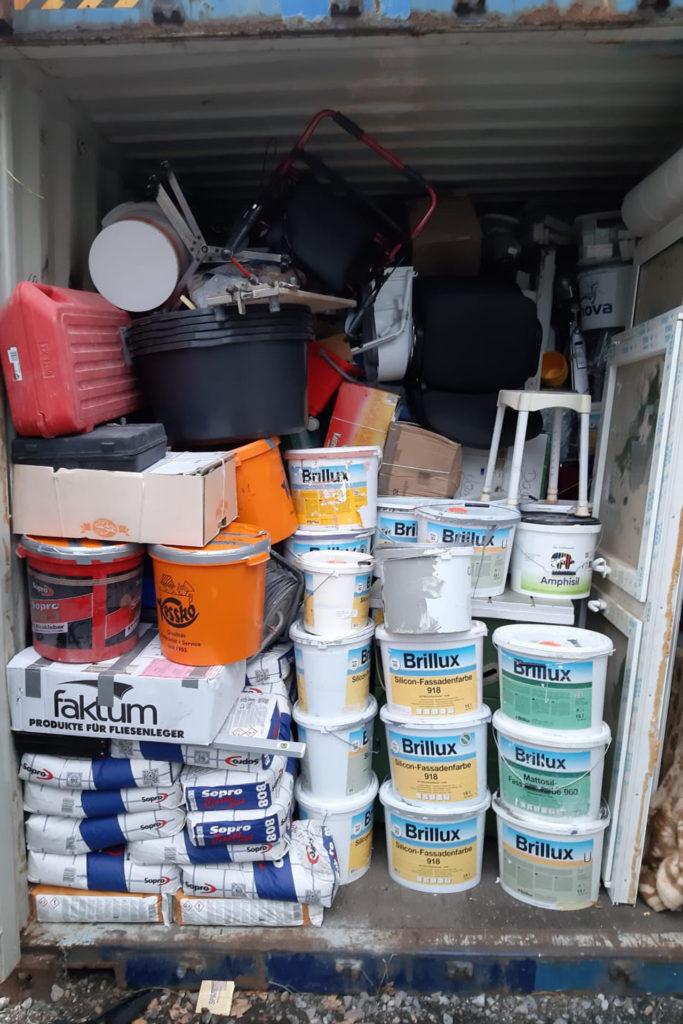 Oktober 2019: Ein voller Container mit Material für die Baustelle in Ghana